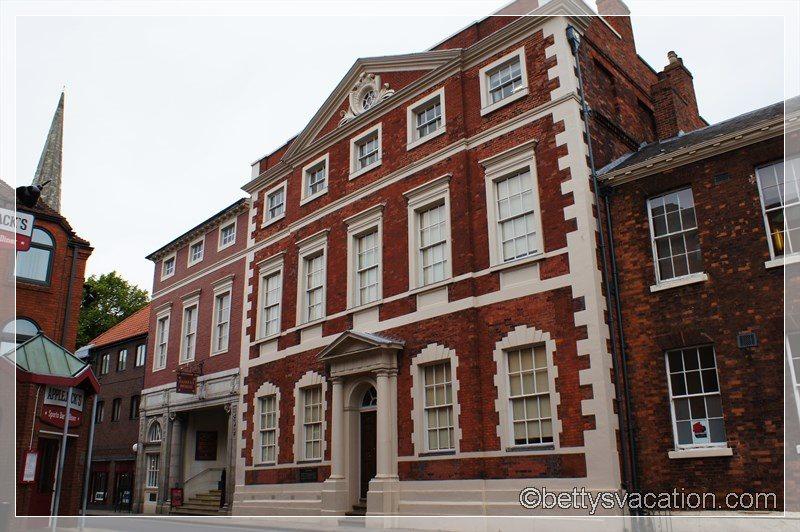 18 - Fairfax House