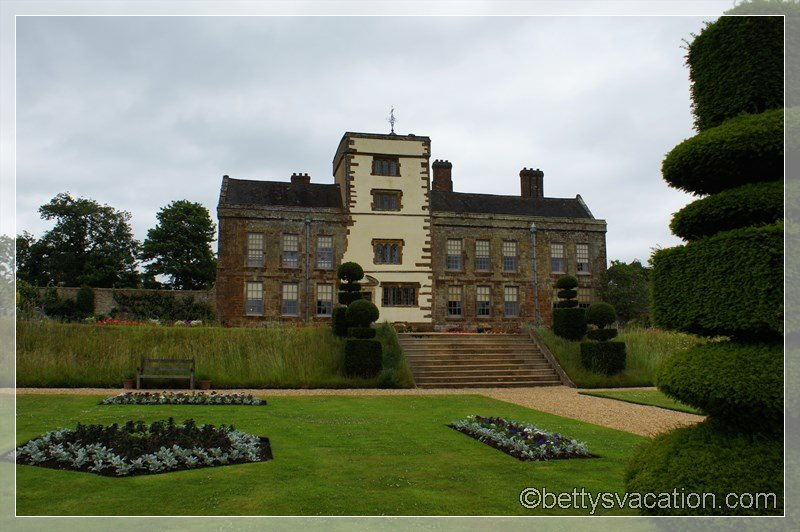 20 - Canons Ashby