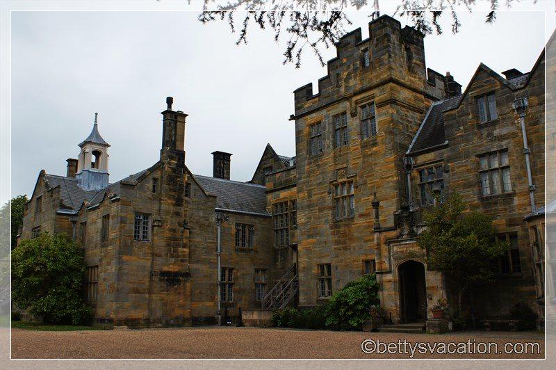 23 - Scotney Castle