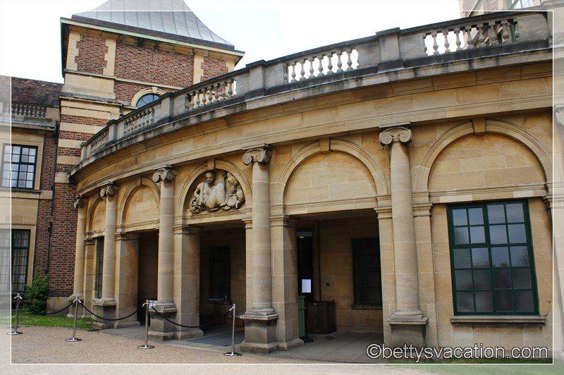 3 - Eltham Palace & Gardens