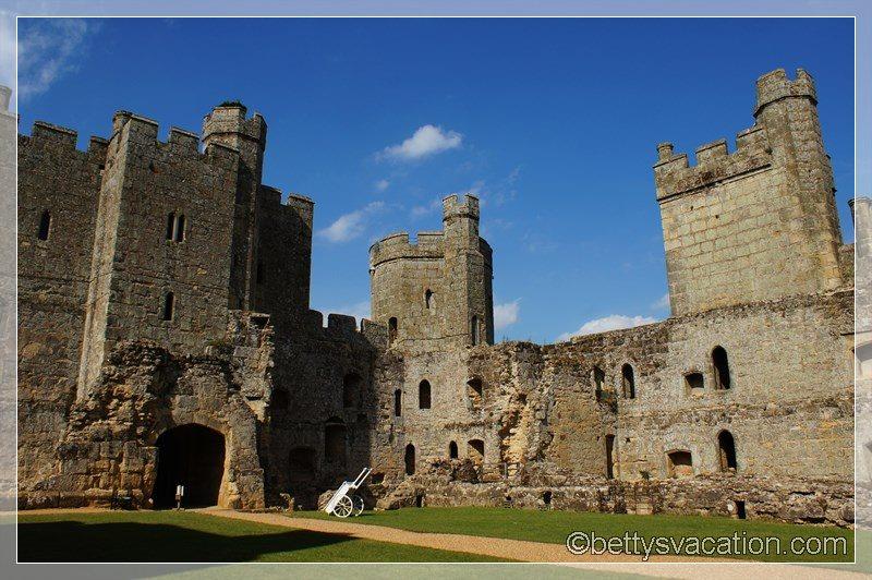 30 - Bodiam Castle