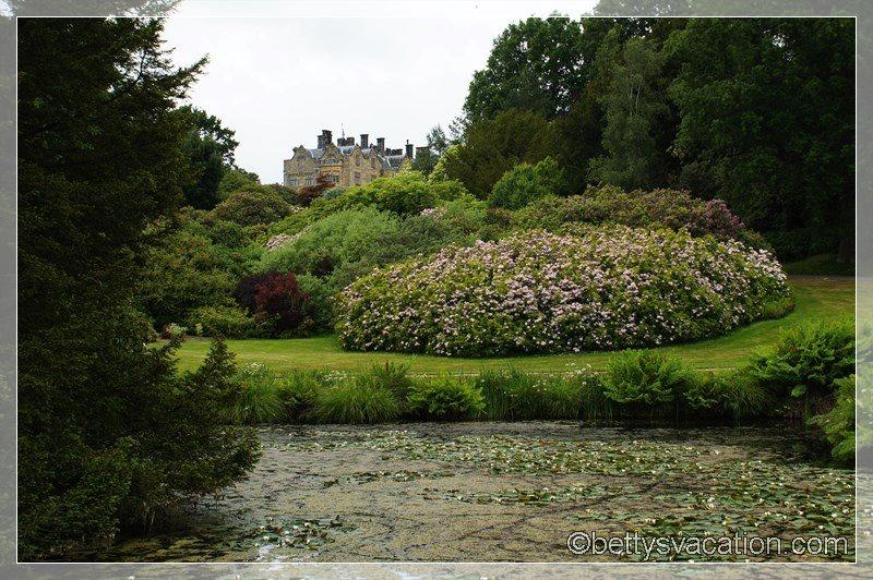 32 - Scotney Castle