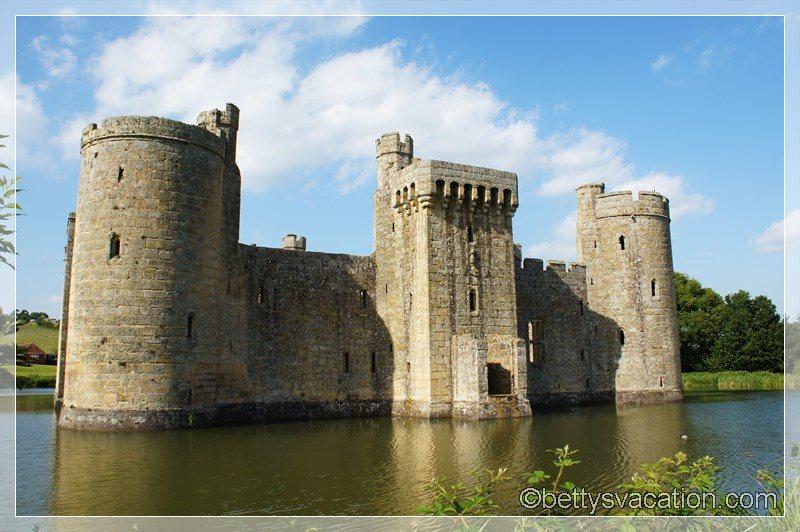 39 - Bodiam Castle