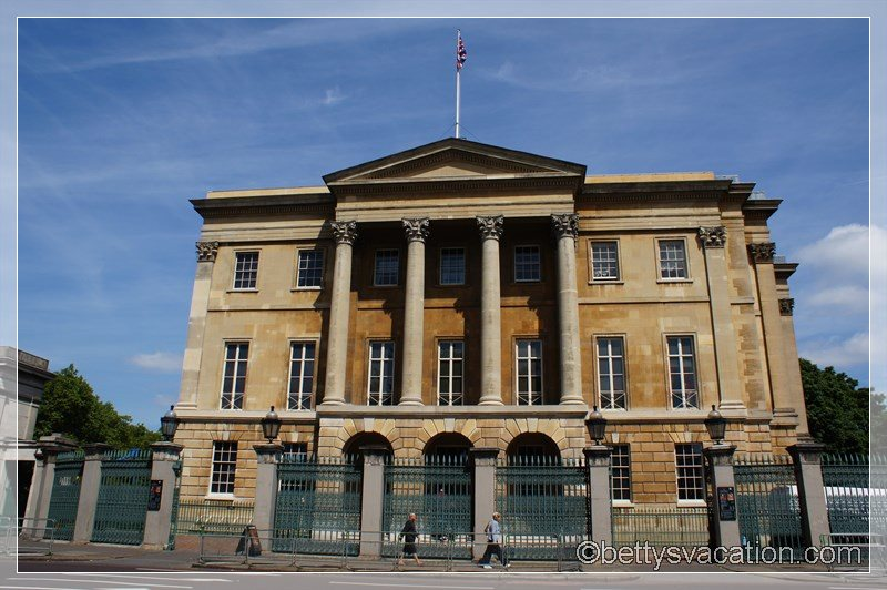 6 - Apsley House