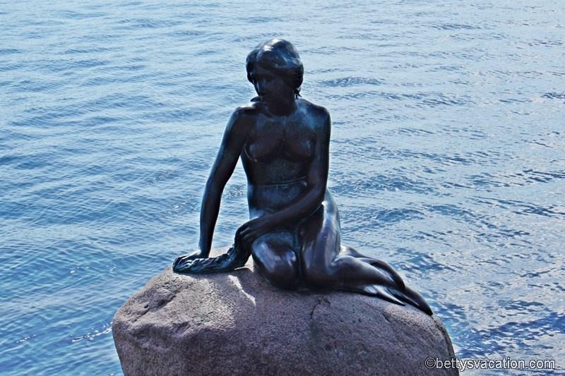 10 - Kleine Meerjungfrau