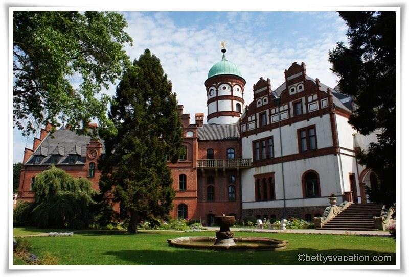1 - Schloss Wiligrad