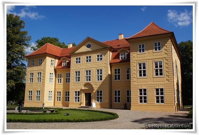Schloss Mirow 1
