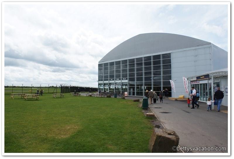 11-concorde-und-runway-visitor-park