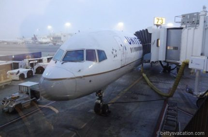 United First Boeing 757: Los Angeles-Maui