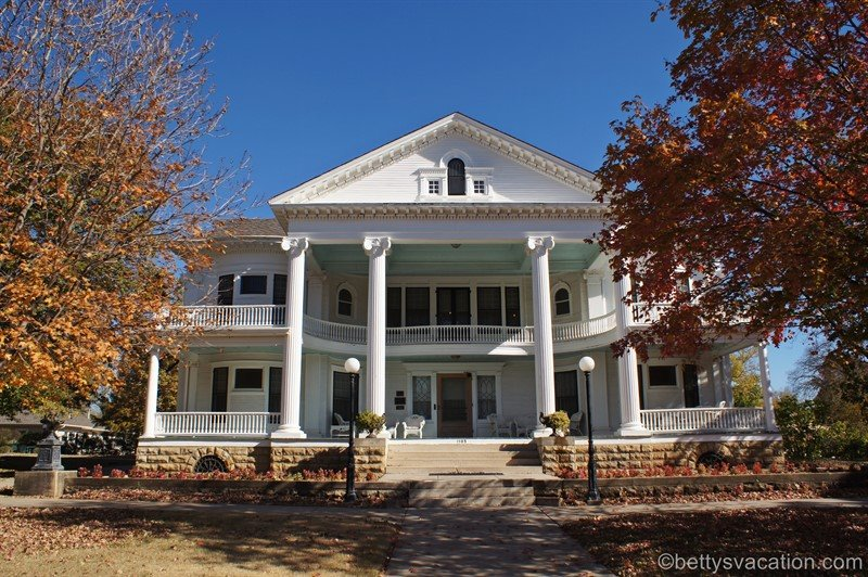 Seelye Mansion, Abilene, KS