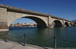 Historische Brücke im Wüstensand – London Bridge, Lake Havasu, AZ