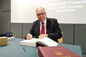 Ausflug ins Weltall - Astronaut Hans Schlegel im Gespräch