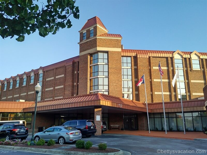 DoubleTree by Hilton Hotel New Bern Riverfront, North Carolina