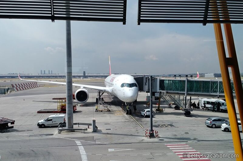Iberia Business Class A350: Madrid-London