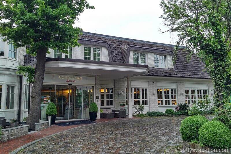 Courtyard by Marriott Hamburg Airport Hotel