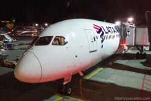 LATAM Business Class Boeing 787: Frankfurt-Madrid-Frankfurt