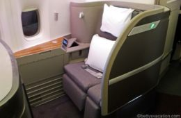 Cathay Pacific First Class Boeing 777: New York-Vancouver