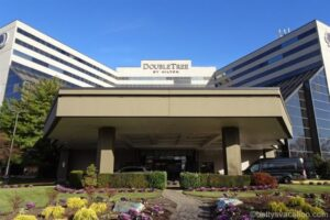 DoubleTree by Hilton Hotel Newark Airport, New Jersey
