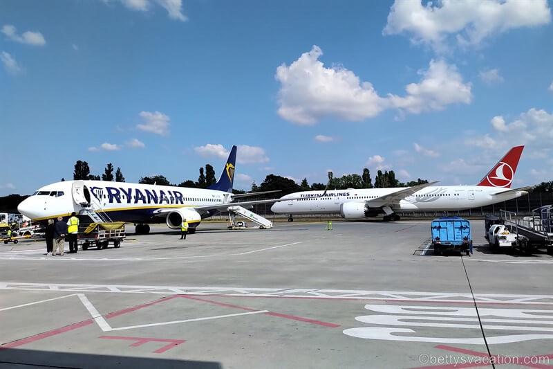 Ryanair Economy Class Boeing 737: Berlin - Palma de Mallorca