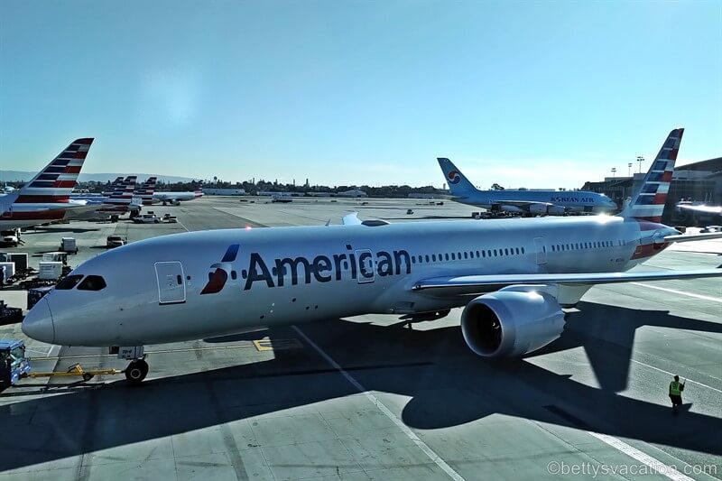 American Airlines First Class: Los Angeles-Orlando