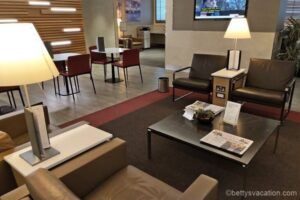 American Airlines Arrival Lounge London Heathrow