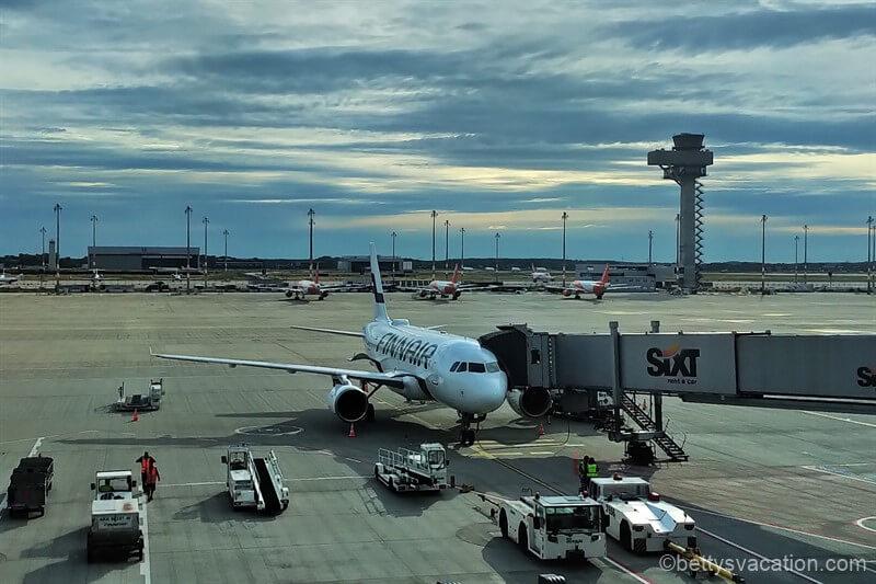 Finnair Business Class A319: Berlin-Helsinki